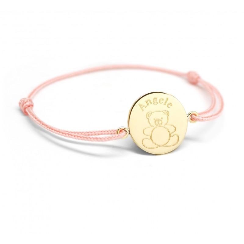 Bracelet médaille prénom gravé avec un dessin