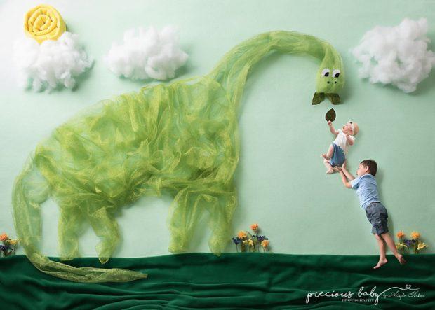 photoshoot-nouveau-ne-dinosaure-4