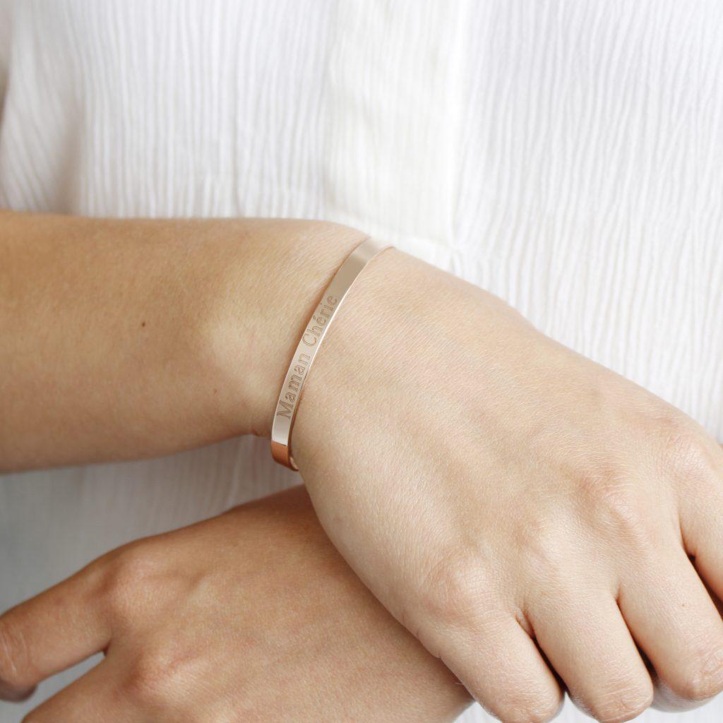 Bracelets gravés Maman Chérie (fête des mères)