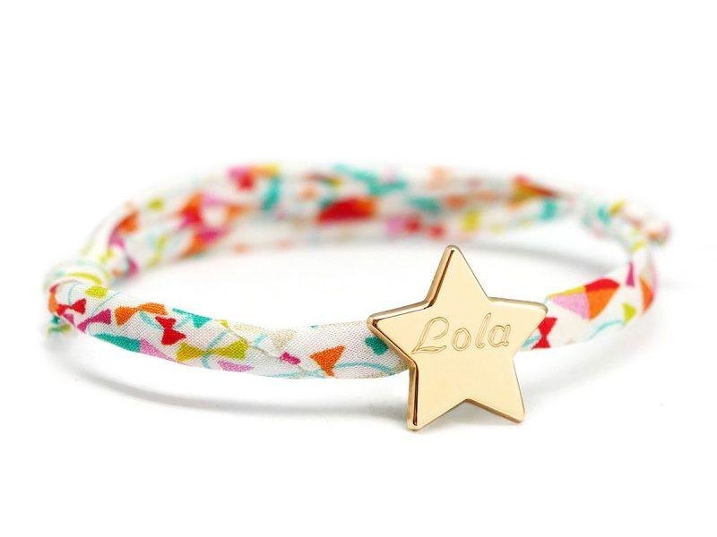 bracelet liberty prenom avec medaille etoile