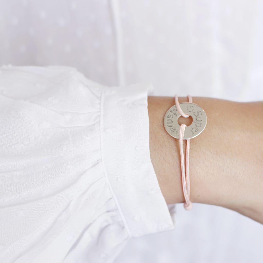 bracelet-super-maman-personnalise-fete-des-meres