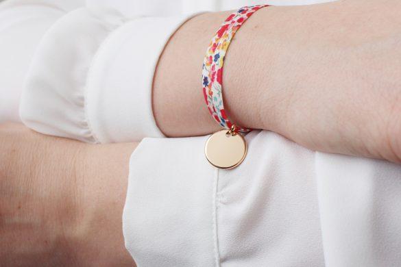 bracelets gravés super tata